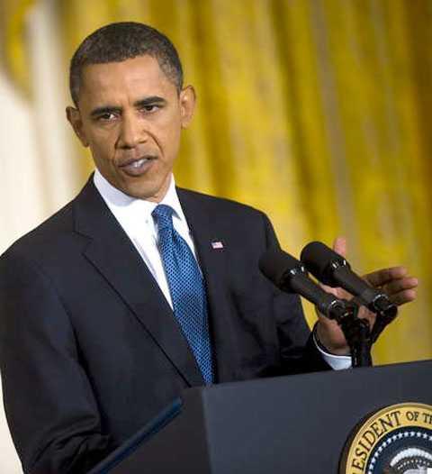 President Barack Obama har fått hålla lugnande tal till nationen efter att pastorn Terry Jones lämnat besked att han tänker bränna Koranen på årsdagen av 11-septemberattackerna.