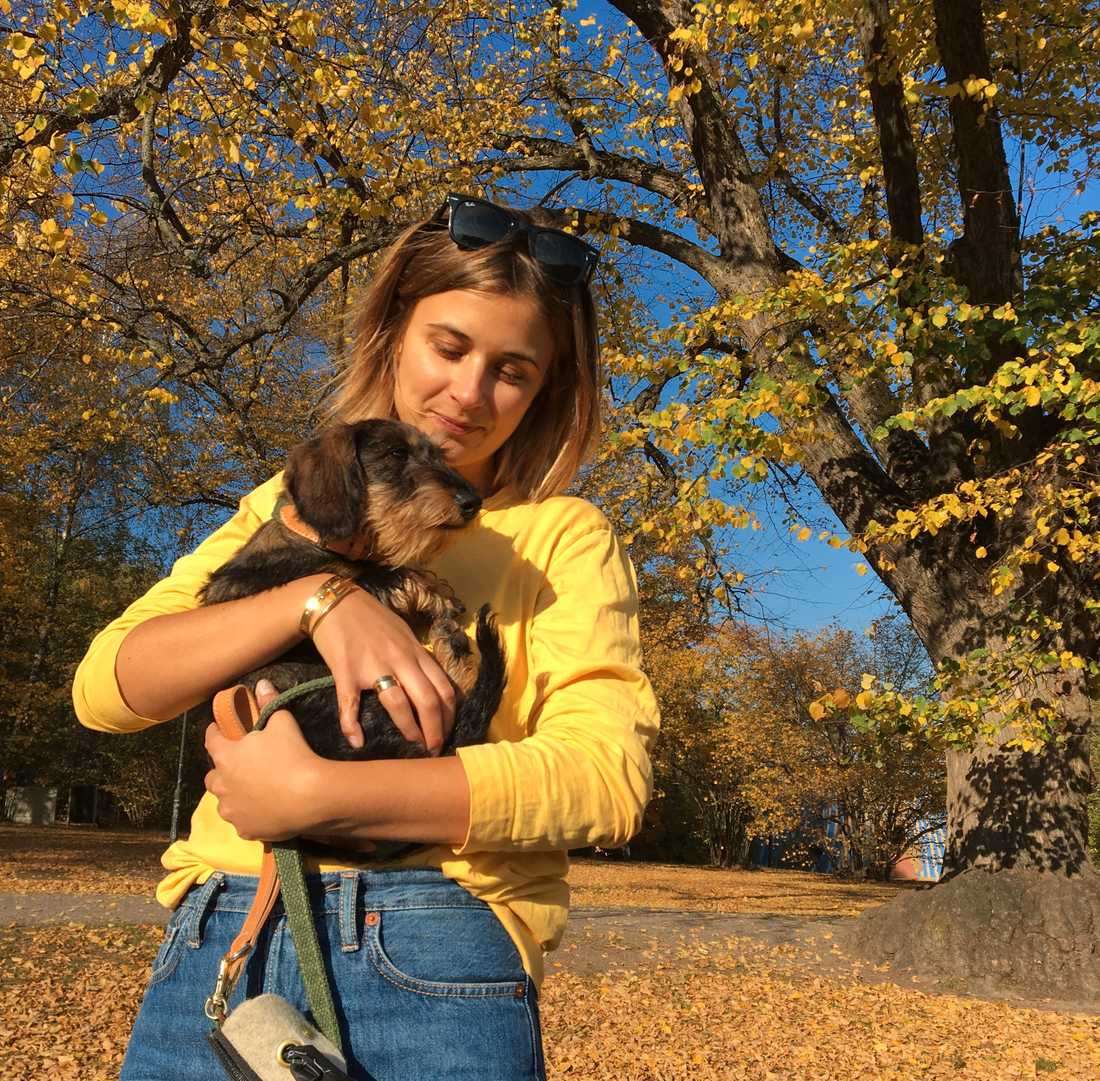 Sofia Jansson, 31, har haft hunden Inez i två månader.