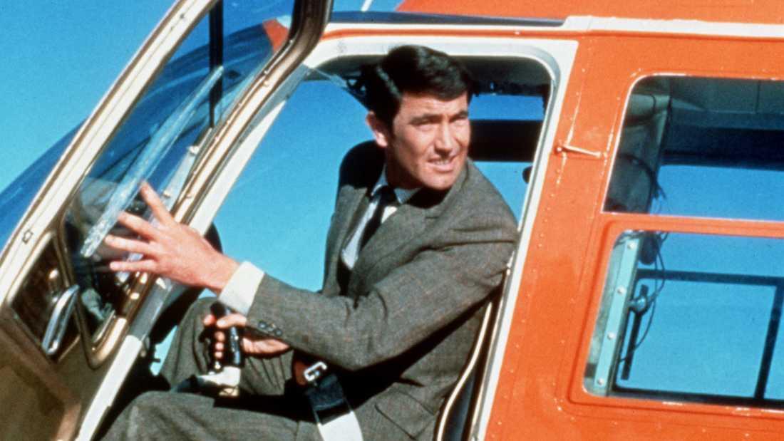 George Lazenby som James Bond.