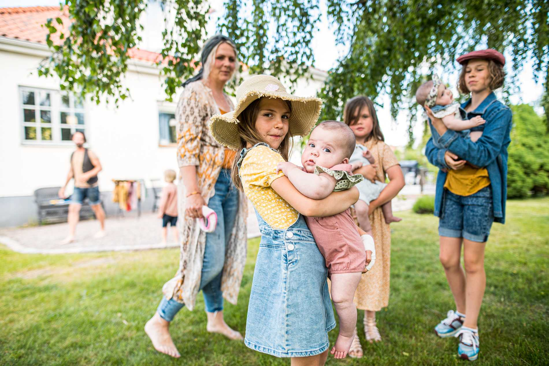 Sofia, Märta, Aina, Signe, Ines och Judith Kinnander.