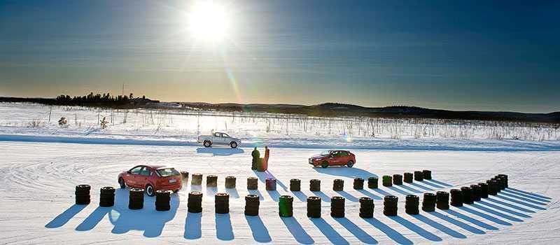 Varje vinter testar Robert Collin vinterdäck i norra Finland.