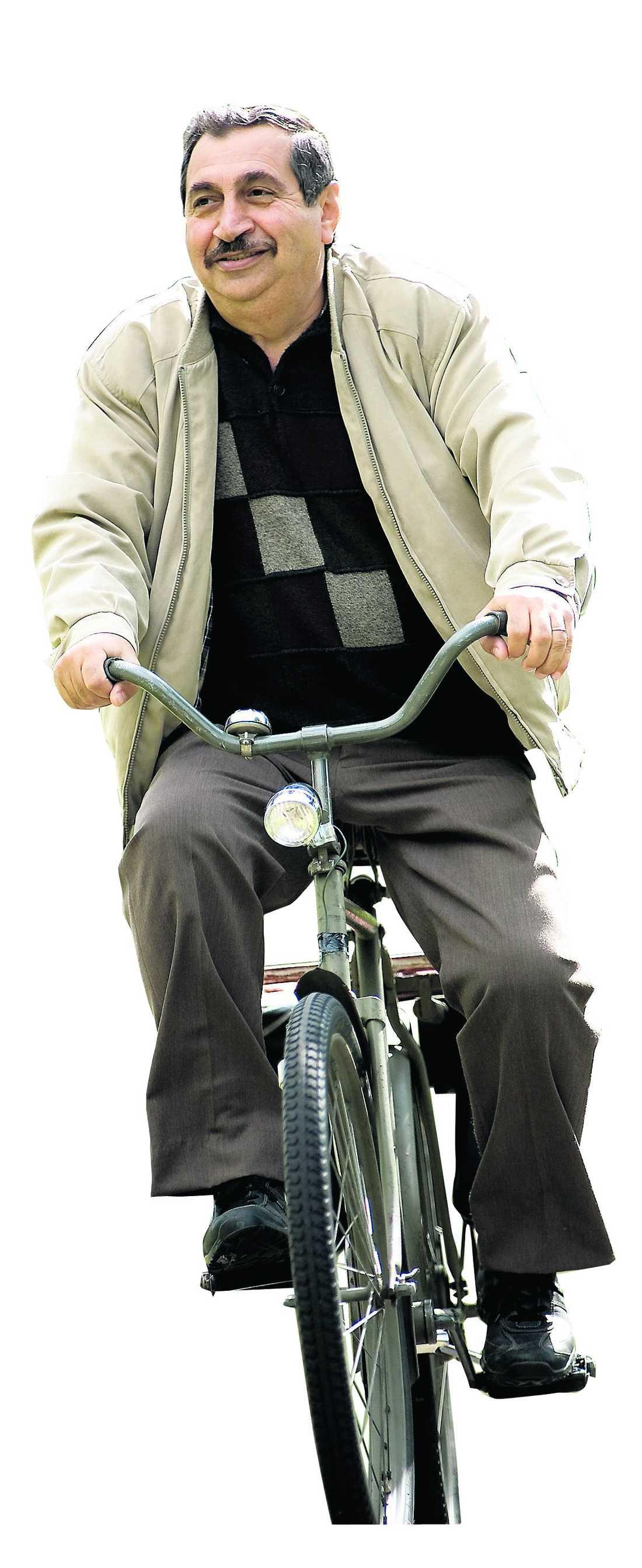 """Jan Fares som Aziz i """"Farsan""""."""