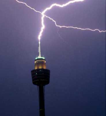 Blixtrande utsikt från Sydney tower.