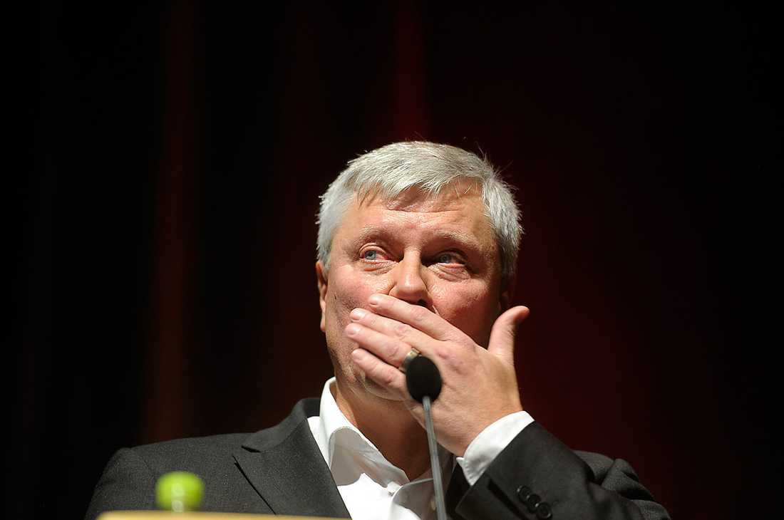 Ohly rördes till tårar när han i går talade om Utøya.
