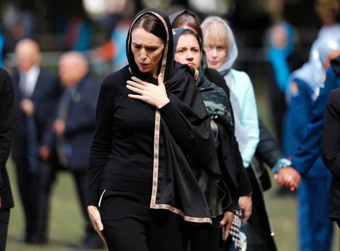 Nya Zeelands premiärminister Jacinda Ardern deltog i ceremonin i samband med fredagsbönen i Christchurch, Nya Zeeland.
