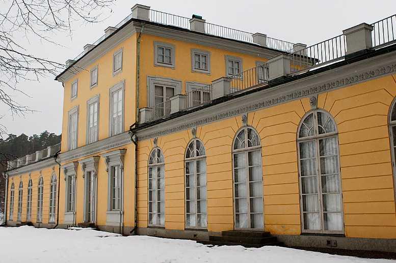 Gustav III:s paviljong Paviljongen i Hagaparken tillhör höjdpunkterna i den svenska konsthistorien och är ett av de främsta verken norra Europa kan visa från det sena 1700-talet.