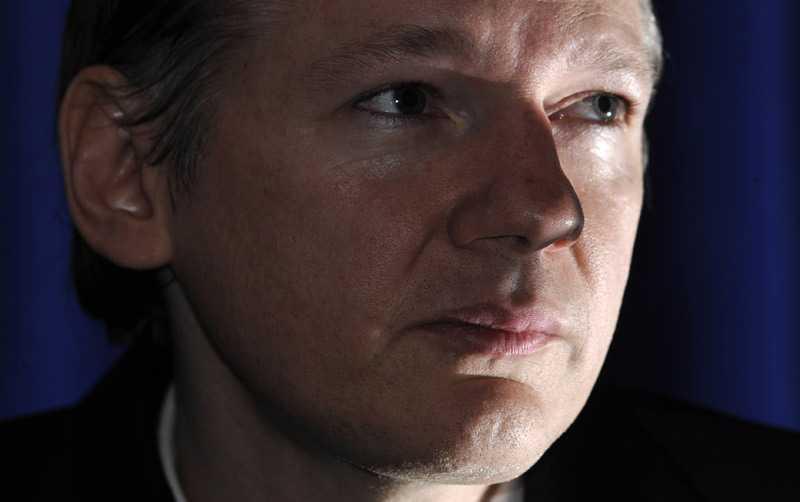 Jagad av världens stormakter Julian Assange har all anledning att var rädd. Många höga politiker har gått ut och sagt att de vill se honom mördad.