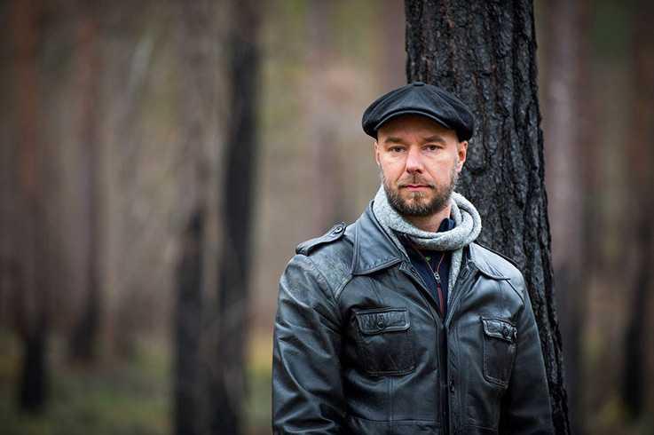 """Sven Olov Karlsson är författare och skogsägare. I """"Brandvakten"""" skildrar han skogsbranden i Västmanland 2014, där bland annat hans egen skog förstördes."""