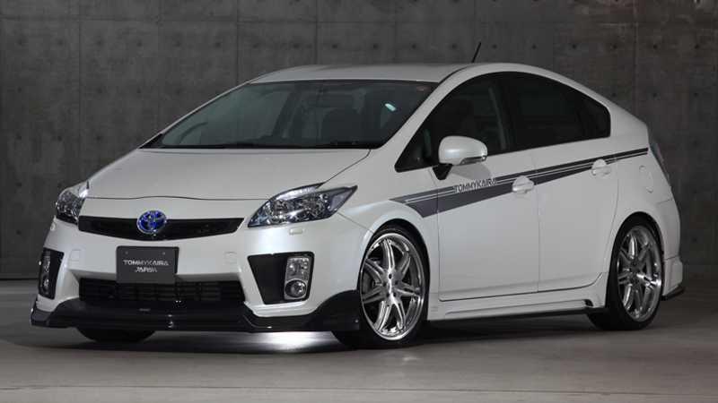 Stajlingkonstnären Tommy Kaira har satt klorna i Toyota Prius.