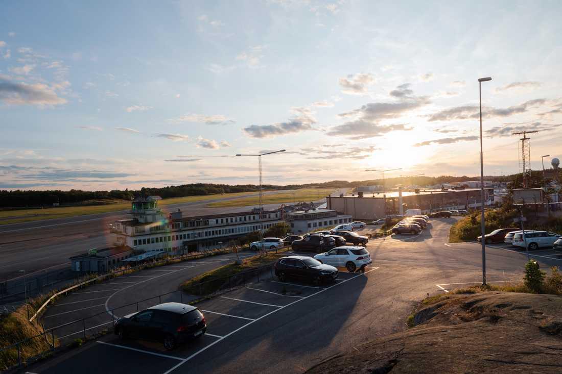 Infrastrukturministern Tomas Eneroth (S) kan tänka sig att lägga ned Bromma flygplats i förtid. Arkivbild.