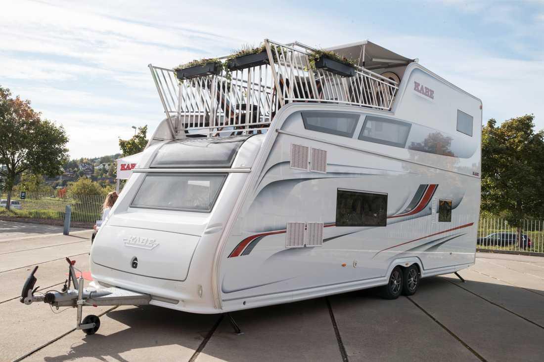 Arkivbild. En Kabe twintower husvagn, 4,48 meter hög och med egen balkong.