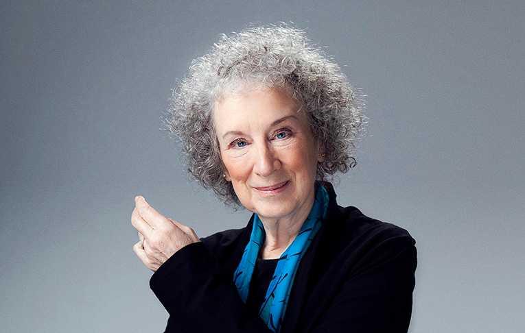 Margaret Atwood (född 1939), kanadensisk författare.