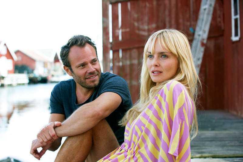 Izabella Scorupco och David Hellenius i Micke & Veronica.