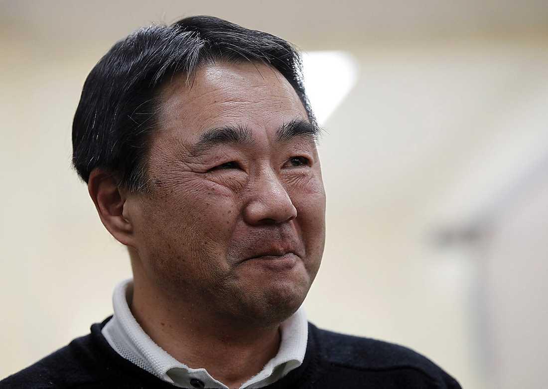 Akira Abe är pappa och son till de två överlevarna.