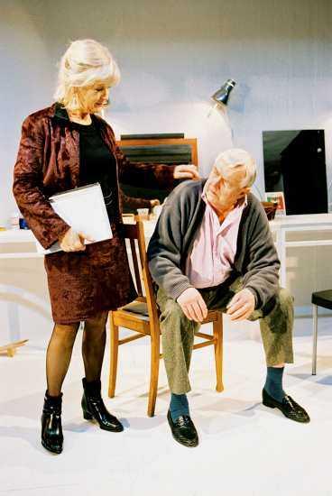 """Anita Wall och Jan-Olof Strandberg i """"Ett stycke teater."""""""