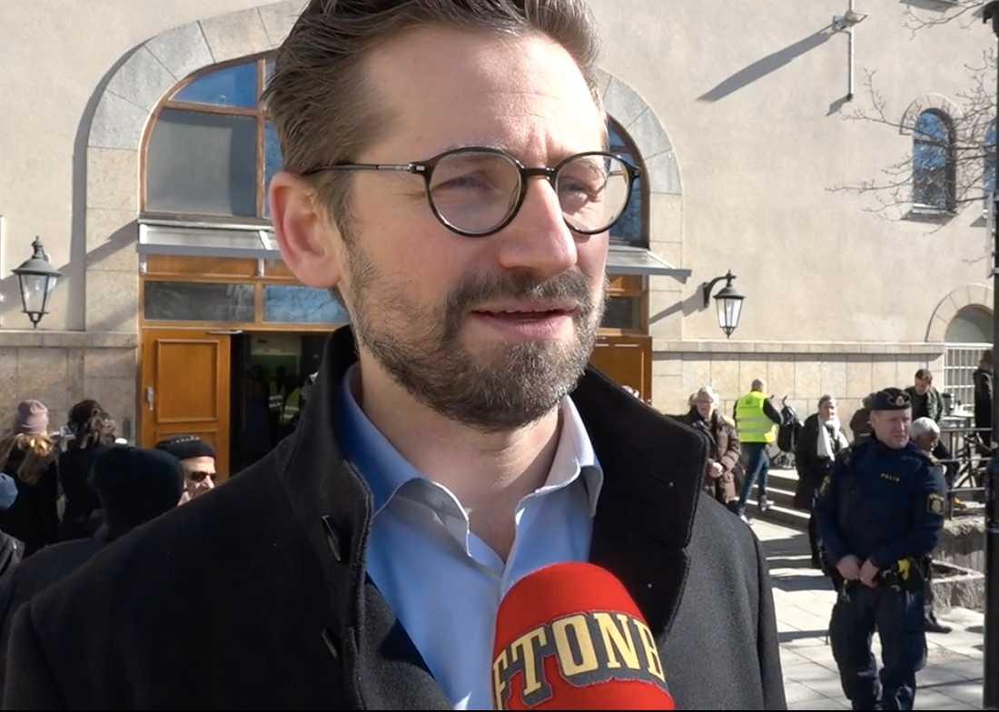 Arrangören Mattias Schein säger att det är samhället ansvar att se till att folk kan utöva sin tro i trygghet.