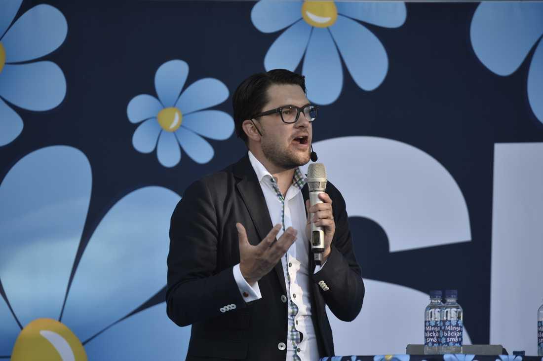 Jimmie Åkesson höll tal under Sverigedemokraternas dag i Almedalen på onsdagen