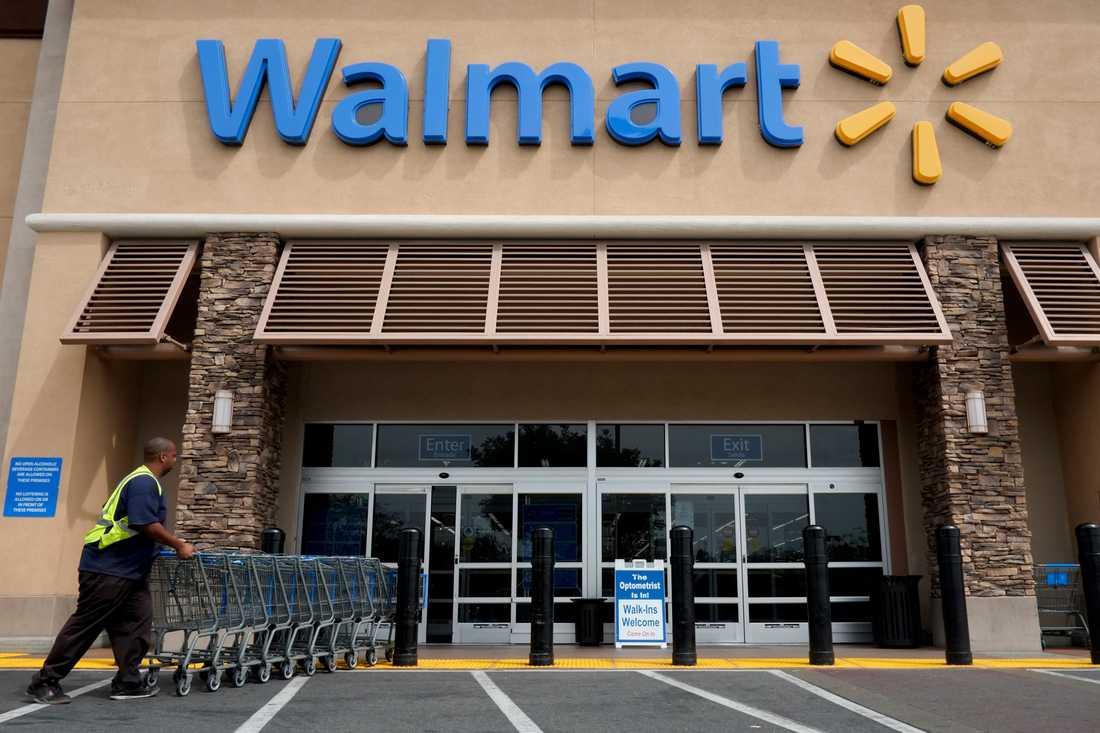 Den amerikanska kedjan Walmart gör 14 miljarder i vinst på sina anställda.