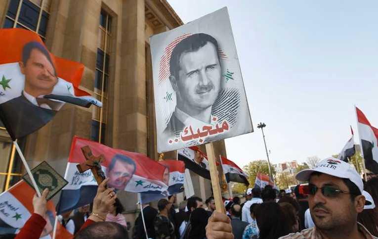 Demonstrationer för al-Assad i Paris på söndagen.