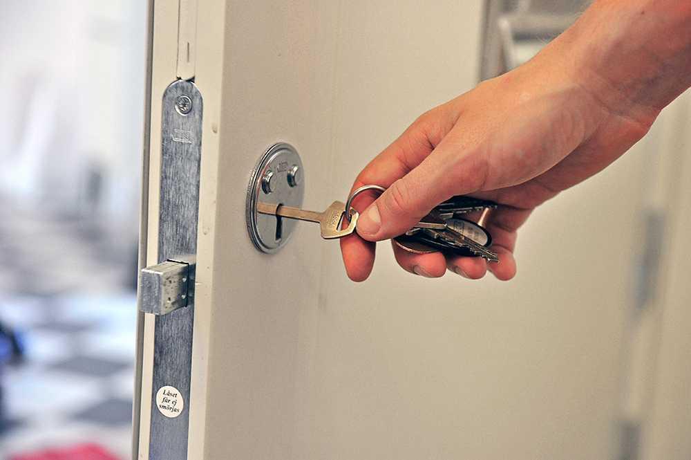 Med den nya superdyrken tar sig brottslingarna förbi både cylinderlås och säkerhetslås.