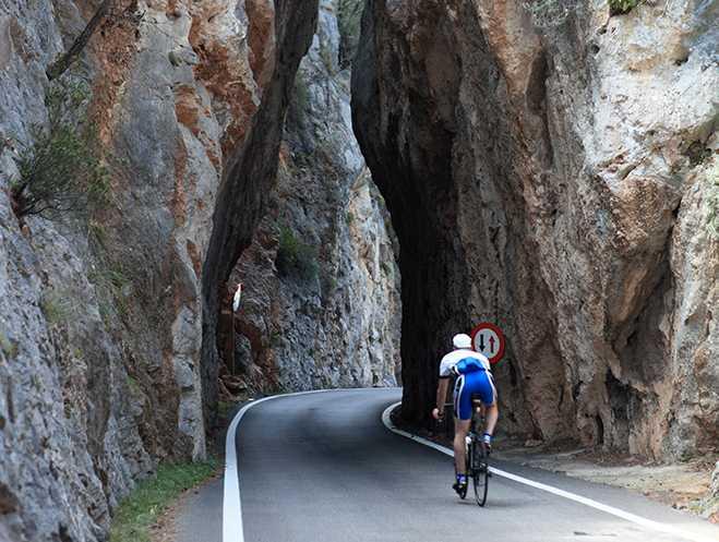 Tramuntanabergen är målet för många Mallorcacyklister.
