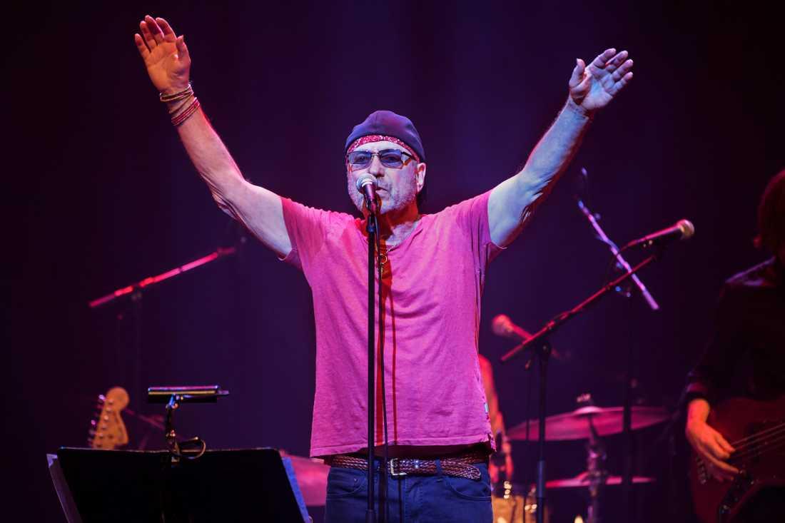 """Pugh Rogefeldt skulle göra ett nytt försök med sin jubileumsturné för albumet """"Ja dä ä dä"""" i januari men den är nu flyttad till början av 2022."""