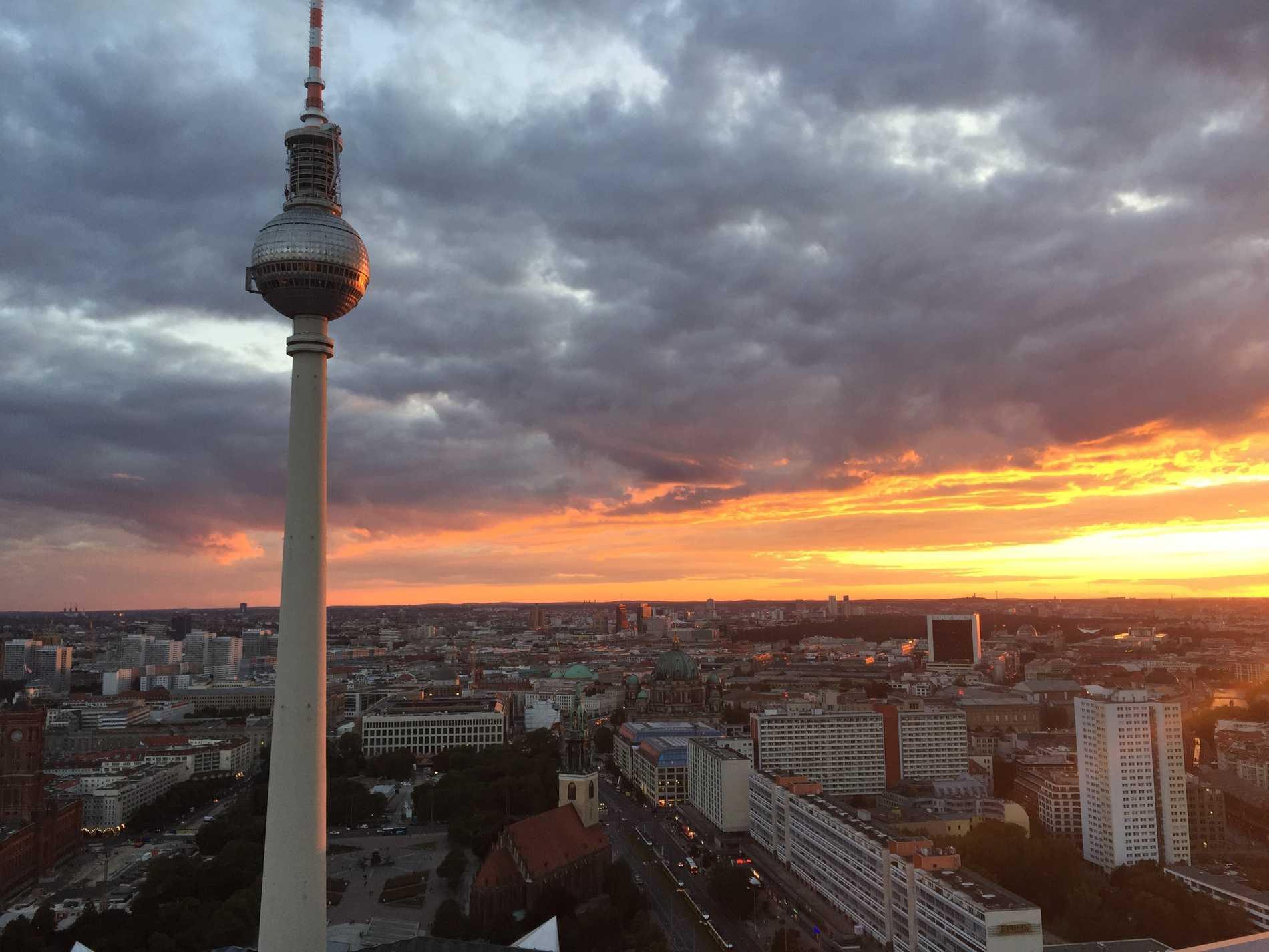 Bomb från andra världskriget förstörd i Berlin