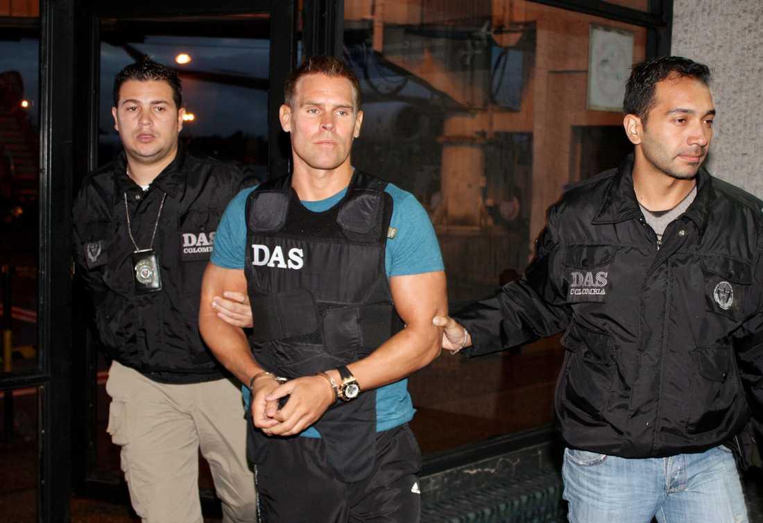 Jonas Falk i samband med att han greps i december 2010 i den colombianska huvudstaden Bogotá.