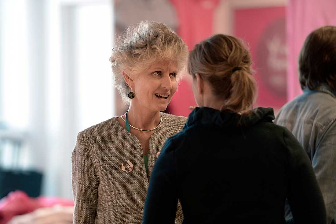 EU-parlamentarikern Anna Maria Corazza Bildt, 52, var aktiv på många håll på M-stämman, bland annat i Moderatkvinnornas monter.