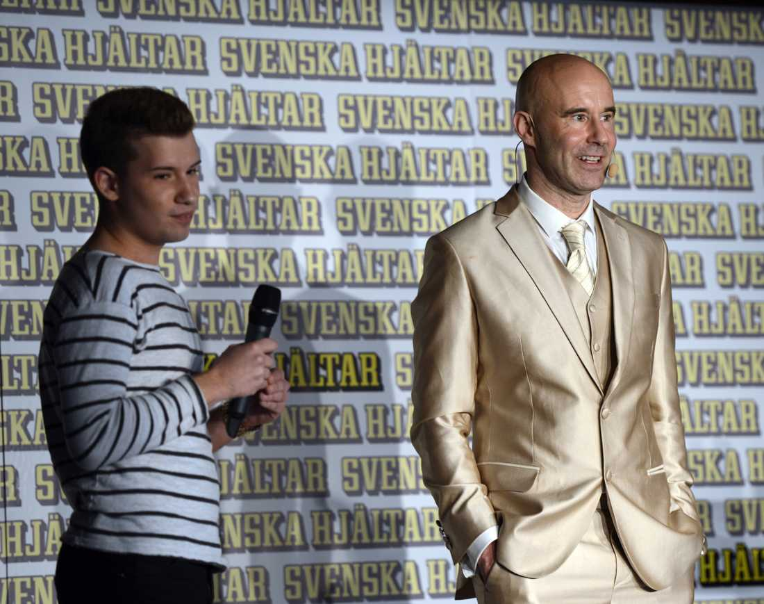 På Svenska hjältars skolturné berättade Kristian Kabelacs om hur det känns att vara mobbad.