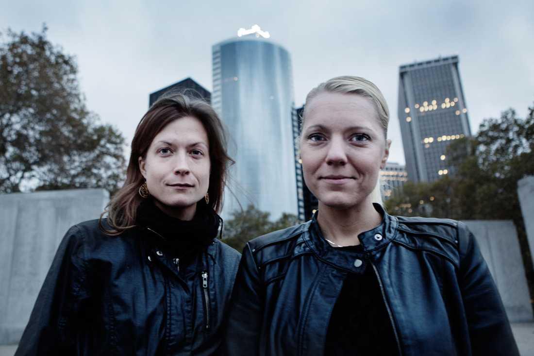 Aftonbladets fotograf Linda Forsell och reporter Carina Bergfeldt på plats i New York.