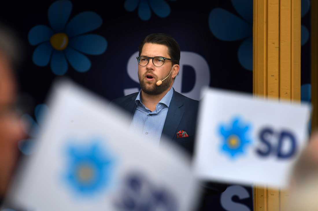 Jimmie Åkesson, Sverigedemokraternas partiledare, under en partiturné i Norrland.