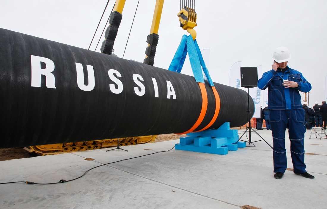 Den ryska gasledningen Nord Stream 2 ska dras på botten av Östersjön nära svenskt territorium.