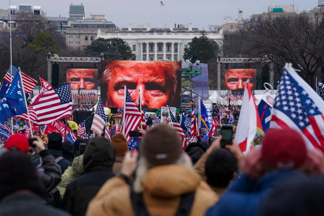 Trumpanhängare i Washington strax innan stormningen av kongressen den 6 januari. Arkivbild.