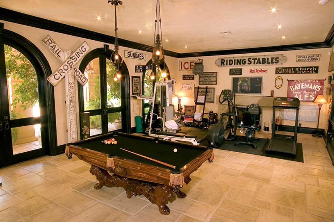 Paret Osbournes hus i Buckinghamshire.